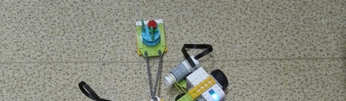 Robootikaringi õpilased Robotexil