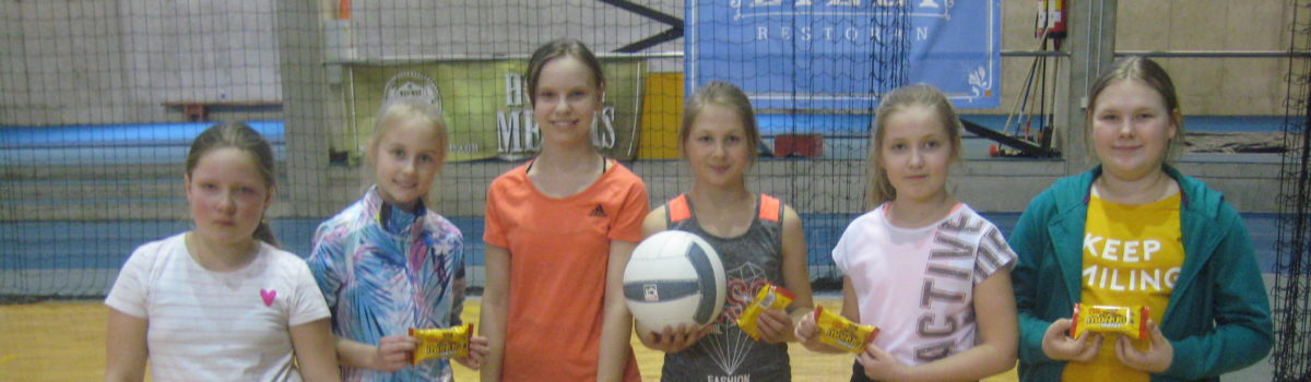 Otepää Gümnaasiumi parim võistkond rahvastepallis on 4. klasside tüdrukute võistkond